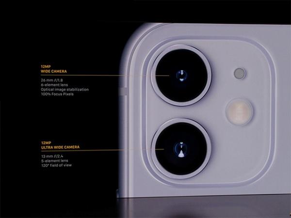 iPhone 11 sử dụng cụm camera kép 12MP