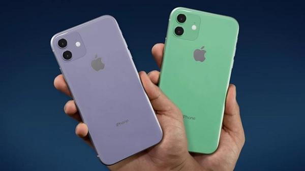 iPhone 11 với cụm camera hình vuông phía sau