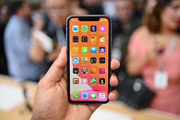 Sử dụng tấm nền IPS LCD tưng tự trên iPhone Xr