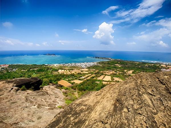 Đảo ngọc Phú Quý hoang sơ và thơ mộng