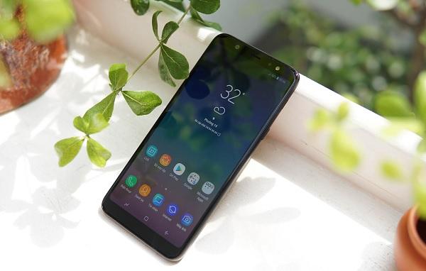 mua Samsung Galaxy A6 và Galaxy A6+