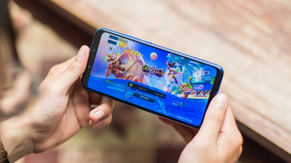 Trải nghiệm chơi game trên Huawei Nova 3i: rất mượt mà, không hề giật lag