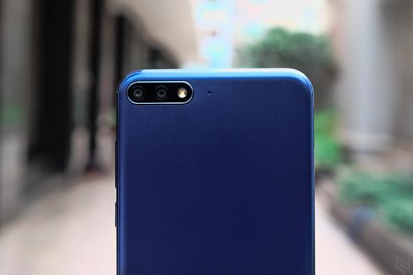 Trải nghiệm camera Huawei Y7 Pro: xóa phông tốt, selfie sắc nét và đẹp