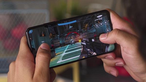 Đánh giá Vivo V11: thiết kế đẹp, cấu hình mạnh mẽ, cảm biến vân tay trong màn hình