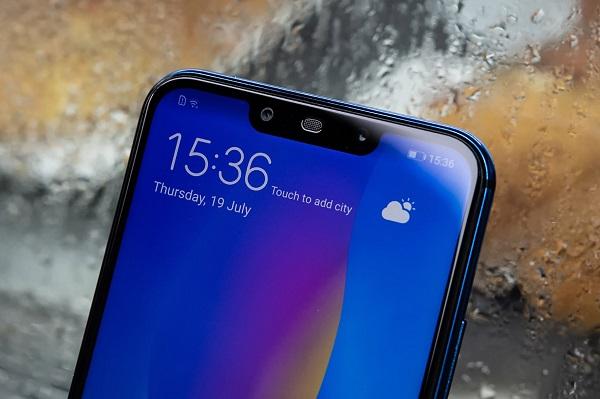 Trên tay Huawei Nova 3i – Smartphone tầm trung với 4 camera ấn tượng