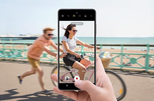 Samsung A52 quay video chuyển động sắc nét