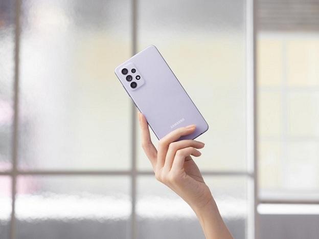 Galaxy A52 được hỗ trợ sạc nhanh 25W