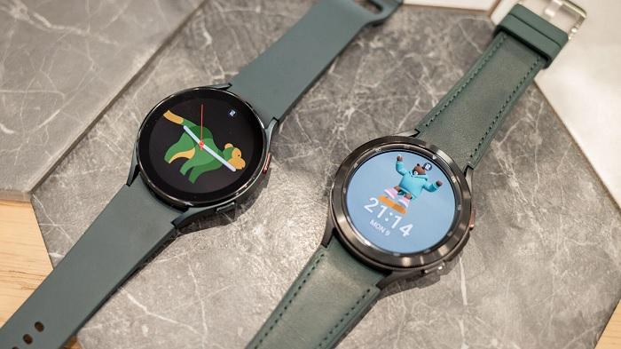 Galaxy Watch4 44mm chống nước rất tốt